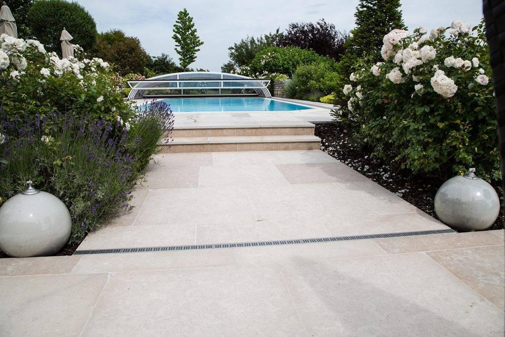Hartkalksteinplatten für Pool und Wege