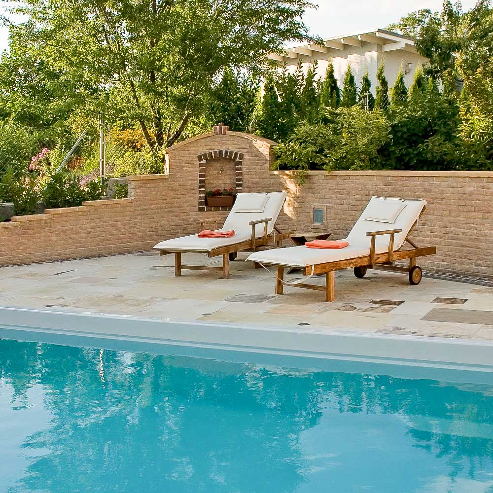 Pool Terrassenumrandung aus Sandstein