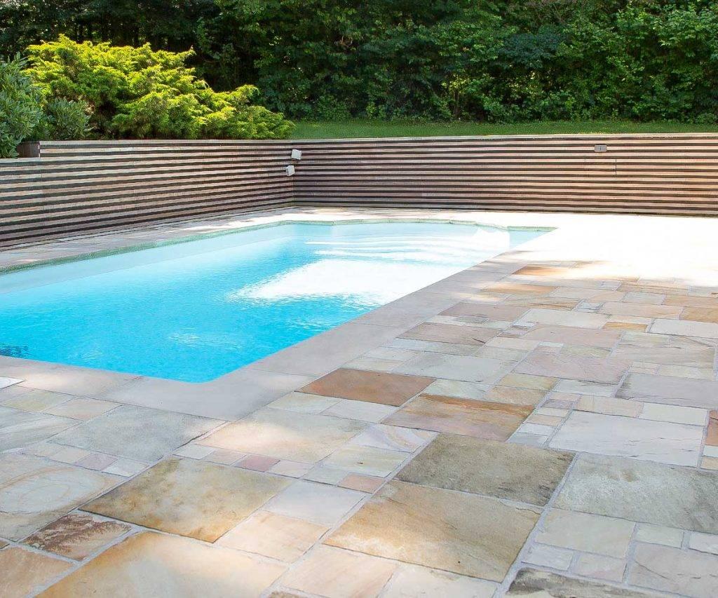 Sandsteinterrasse für Ihr Pool und Schwimmbecken