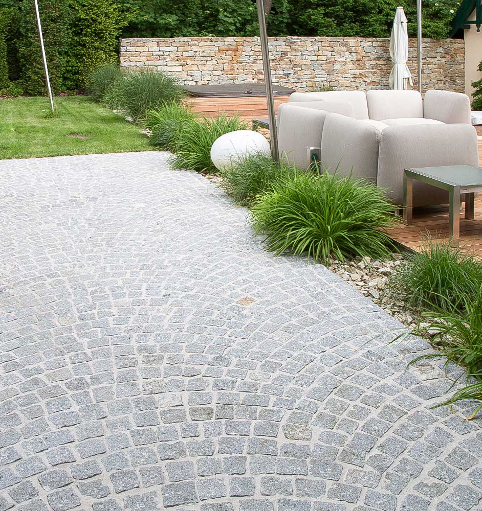 Steinwege aus Granit