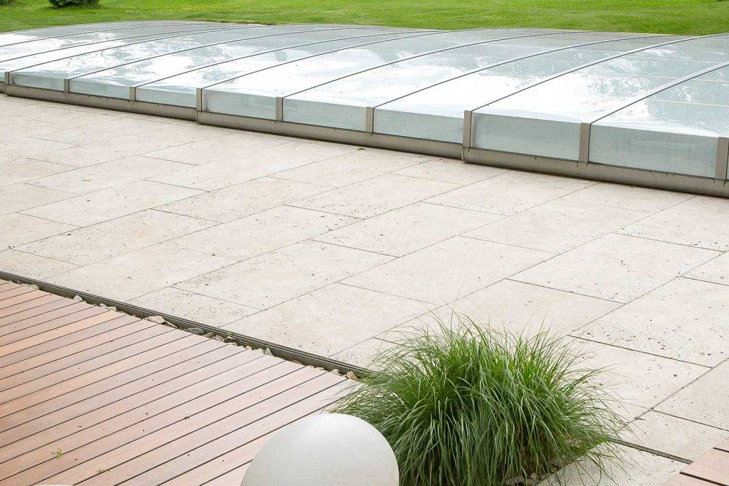 Travertin Steinterrasse für Ihr Pool
