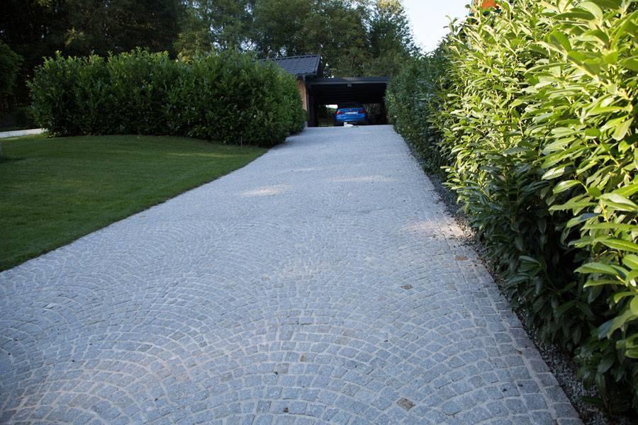 Granitweg aus Kopfsteinpflaster